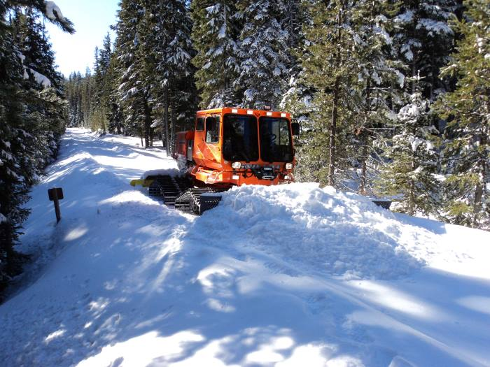 sitemgr_300hp_model_2000_trail_groomer_2